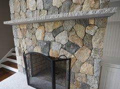 Pelham, NH Fieldstone Natural Stone Veneer