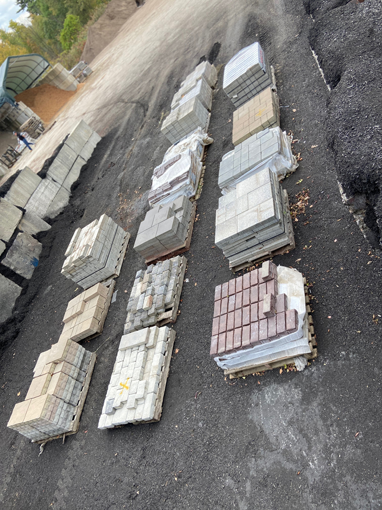closeout pavers Pelham NH Sale